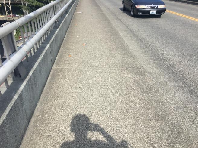 Picture of sidewalk on holgate